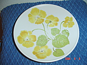 Noritake Progression Flower Time Dinner Plates