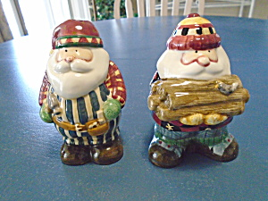 Sakura Woodland Santa Salt/pepper Shakers