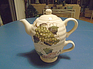 Tabletops Grape 1 Cup Individual Tea Pot And Cup