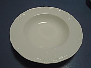 Mikasa Hampton Bays Rimmed Soup Bowls (Image1)