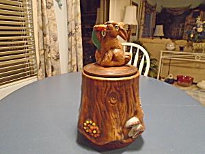 California Originals Rabbit on a Stump Cookie Jar (Image1)