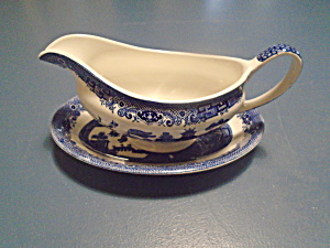 Johnson Bros Willow Gravy Boat W/under Plate