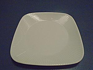 Corelle Scandia Vitrelle 2 Square Dinner Plates (Image1)