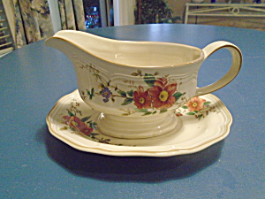 Mikasa Heritage Capistrano Gravy Boat With Under Plate