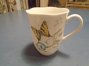 Lenox Butterfly Meadow Swallowtail Mug (Image1)