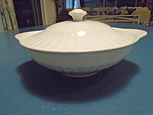 J&g Meakin Classic White Covered Serving Bowl