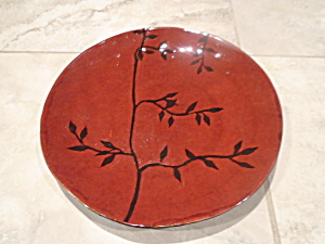 Jessica Mcclintock Dark Red Dinner Plates W/black Leaves