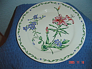 International Terrace Blossom Dinner Plates