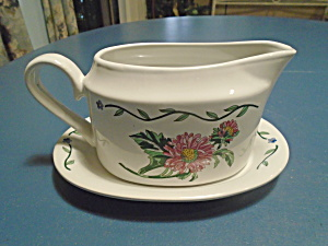 International Terrace Blossoms Gravy Boat And Tray