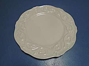 Chris Madden Corvella Ivory Dinner Plates