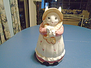 Lady Bunny Ceramic Cookie Jar Made In Taiwan