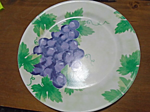 Corelle Fruit Al Fresco Dinner Plates (Grapes) (Image1)