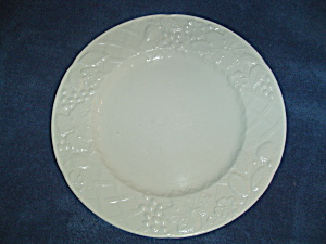 Mikasa English Countryside Dinner Plates