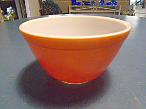 Pyrex Red/orange 1.5 Pt. Mixing Bowl