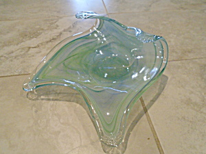 Art Glass Flying Carpet Shape Dish/bowl