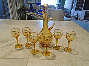 Beautiful Amber/yellow Gold Decanter Set Romania Signed 8 Pcs.