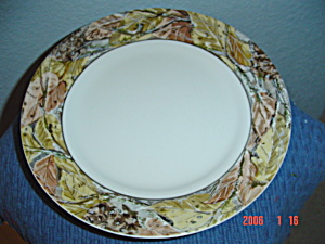 Corelle Tanglewood Or Woodland Leaves Pattern Lunch Plates