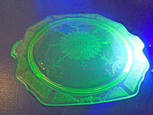 Anchor Hocking Princess Green Vaseline Cake Plate