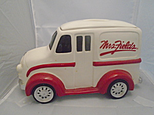 America Retro Mrs. Fields Delivery Truck Stoneware Cookie Jar