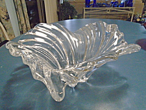 Mirada Art Glass Mid Century Clear Flair Ribbed Bowl Large Elegant