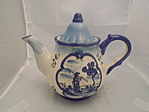 Delft Blue Village Tea Pot (Image1)
