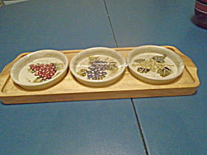 Tabletops Cabernet Wood Condiment Tray W/3 Dishes