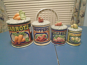 Vegetable Theme Set Of 4 Covered Canisters W/seals
