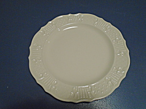 Canonsburg Rimmed Soup Bowl