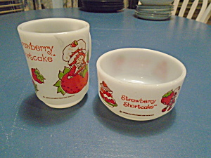 Anchor Hocking Strawberry Shortcake Bowl And Mug Set