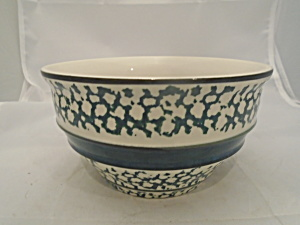 Tienshan Country Crock Dark Green And White Cereal Bowls
