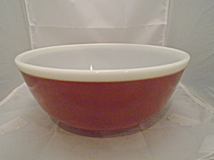 Pyrex 4 Qt. Cinnamon And White Mixing Bowl Mint