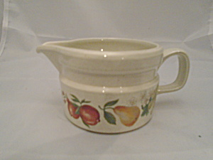 Vintage Wedgwood Quince Creamer Mint 1969-1986