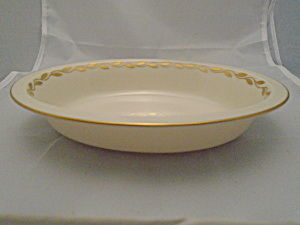 Lenox Gold Wreath 8 3/8 In. Oval Serving Bowl Mint