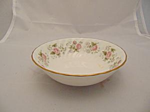 Minton Spring Bouquet Dessert Bowls (Image1)