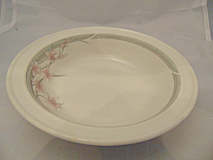 Royal Doulton Fresh Flowers Mayfair Rimmed Soup Bowl(S)