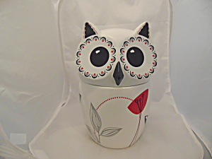 The Cellar Whiteware White Owl Cookie Jar New No Box