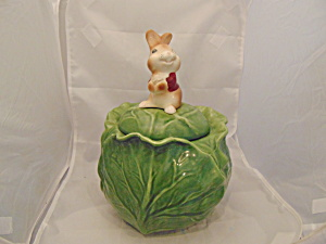 Rabbit Sitting on a Cabbage Stoneware Cookie Jar (Image1)