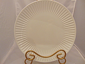 Mikasa Kendall White Bone China Dinner Plate(s) (Image1)