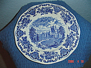 Wedgwood Royal Homes of Britain Dinner Plate #2 (Image1)