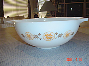 Pyrex Town And Country 4 Quart Cinderella Bowl