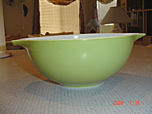 Pyrex Green 2.5 Quart Cinderella Mixing Bowl