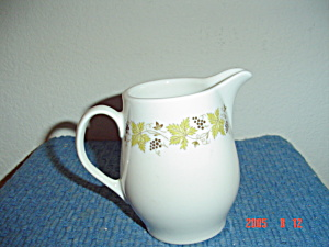 Syracuse China Carefree Vintage Creamer