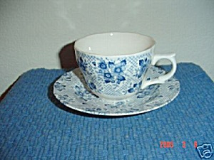 Nikko Blue Flowers Cups And Saucers