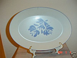Pfaltzgraff Yorktowne Large Oval Platter (Image1)