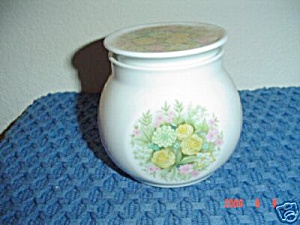 Noritake Bimini Covered Sugar Bowl