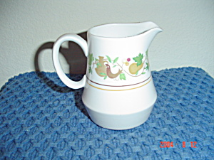 Noritake Progression Homecoming Creamer