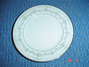 Noritake Norwood Bread And Butter Plates