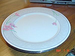 Noritake Deco Magic Dinner Plates (Image1)