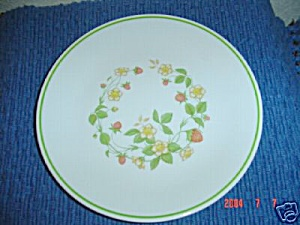 Corelle Strawberry Sundae (Sunday) Lunch Plates Vintage