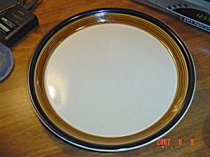 Mikasa Potters Art Butter Scotch 12 In. Round Platter